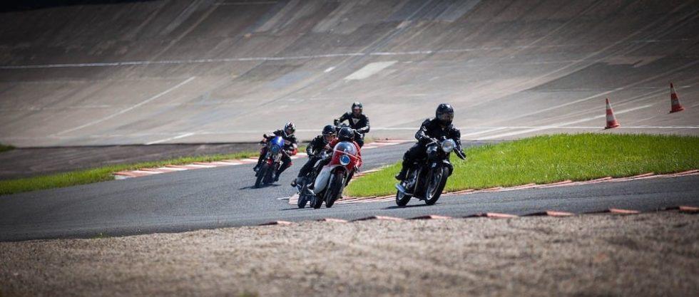 8 conseils pour parier sur les courses de moto