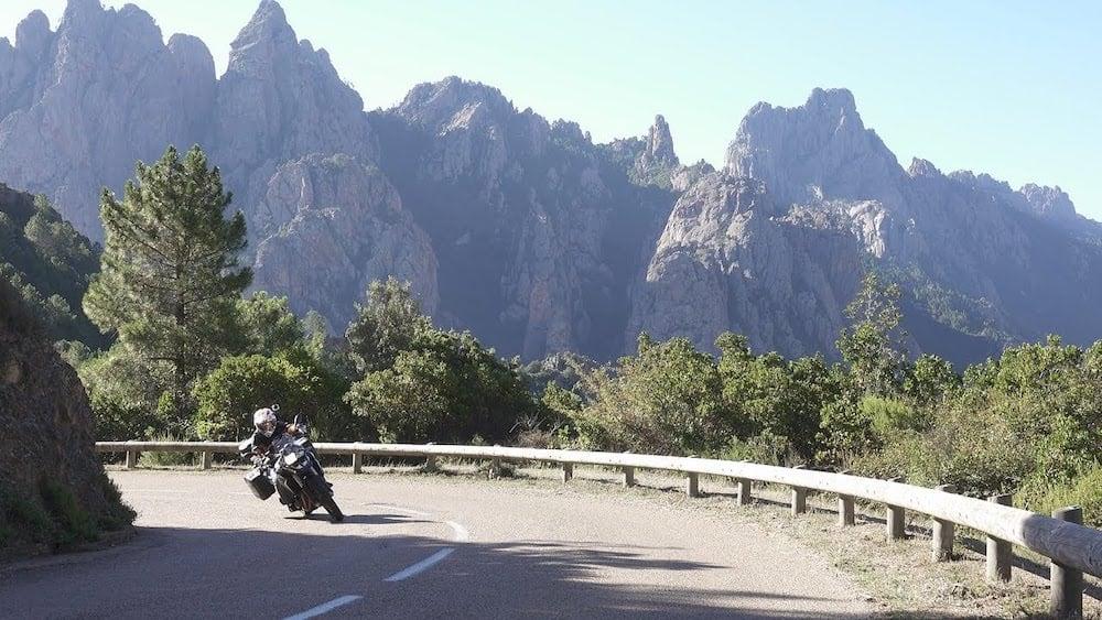 Quelques conseils pour les étrangers qui viennent faire de la moto en France