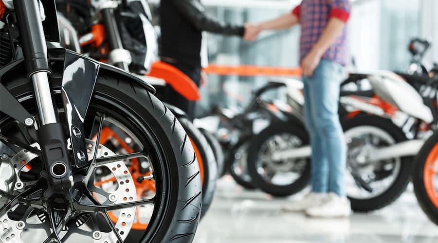 Acheter une moto neuve avec un taux d'endettement élevé